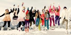 ski girls jumping